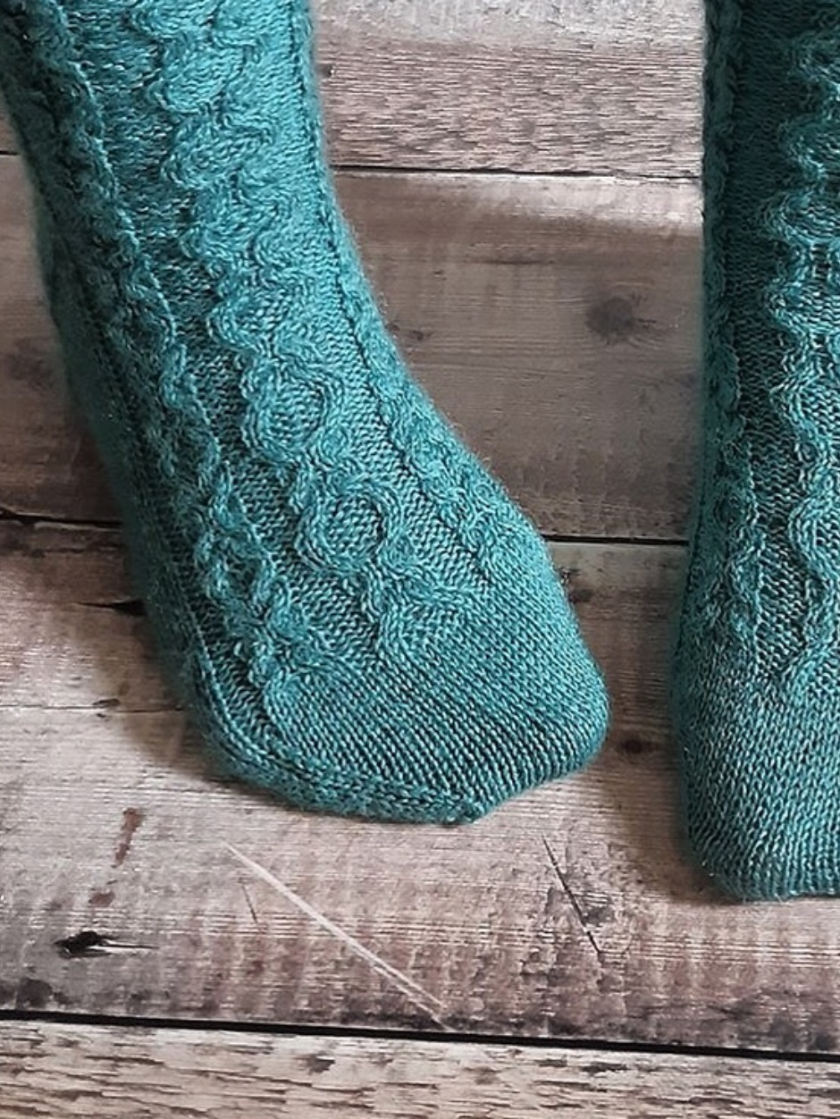 Harbour Chain Socks - by Anthea Willis
